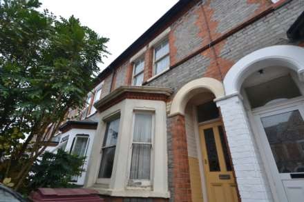Semi-Detached, Radstock Road, Reading