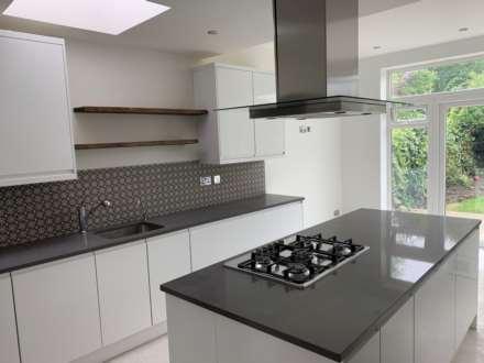 4 Bedroom Semi-Detached, Chatsworth Avenue, Hendon