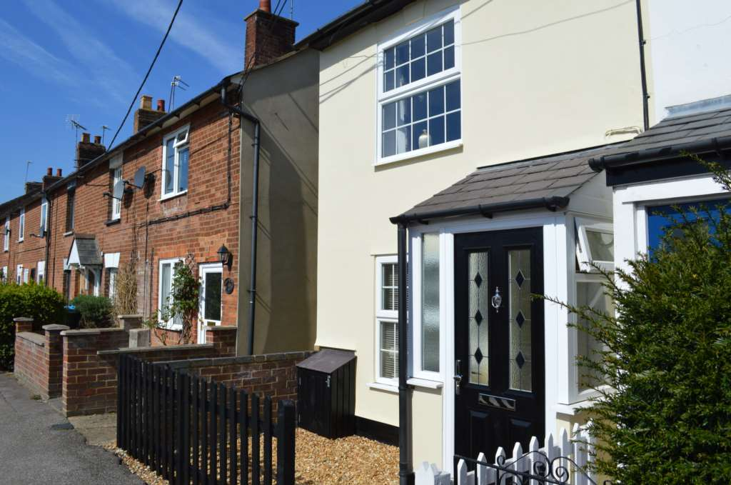 Bonners & Babingtons - 2 Bedroom End Terrace, Weston Road, Aston Clinton