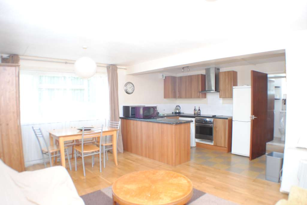 Property To Rent Clements Close, Canterbury