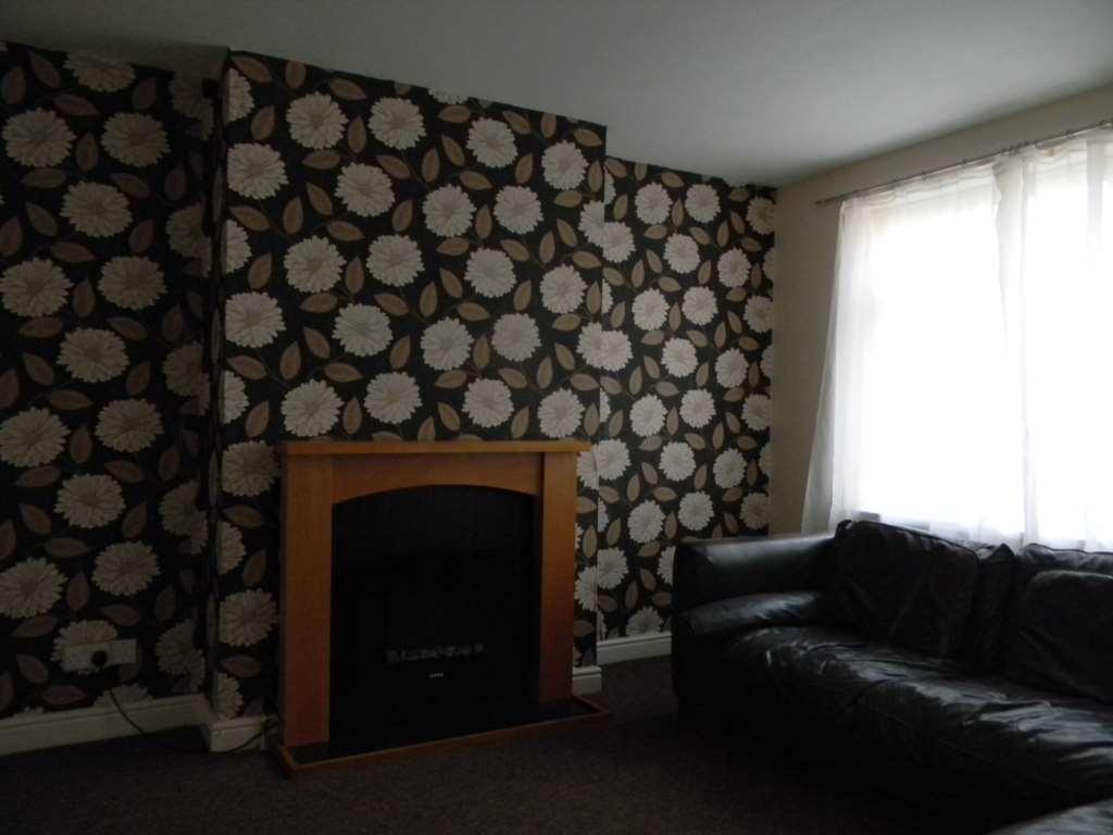 Charles Derby Estates - 2 Bedroom Maisonette, Manchester