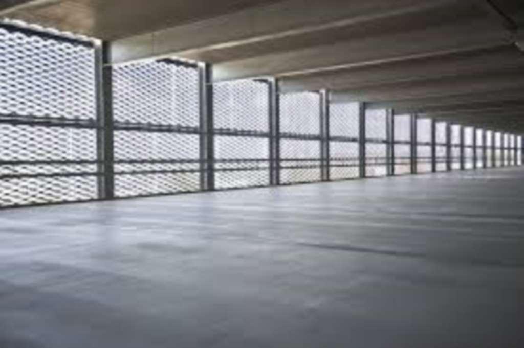 Charles Derby Estates - Garage, Manchester Airport