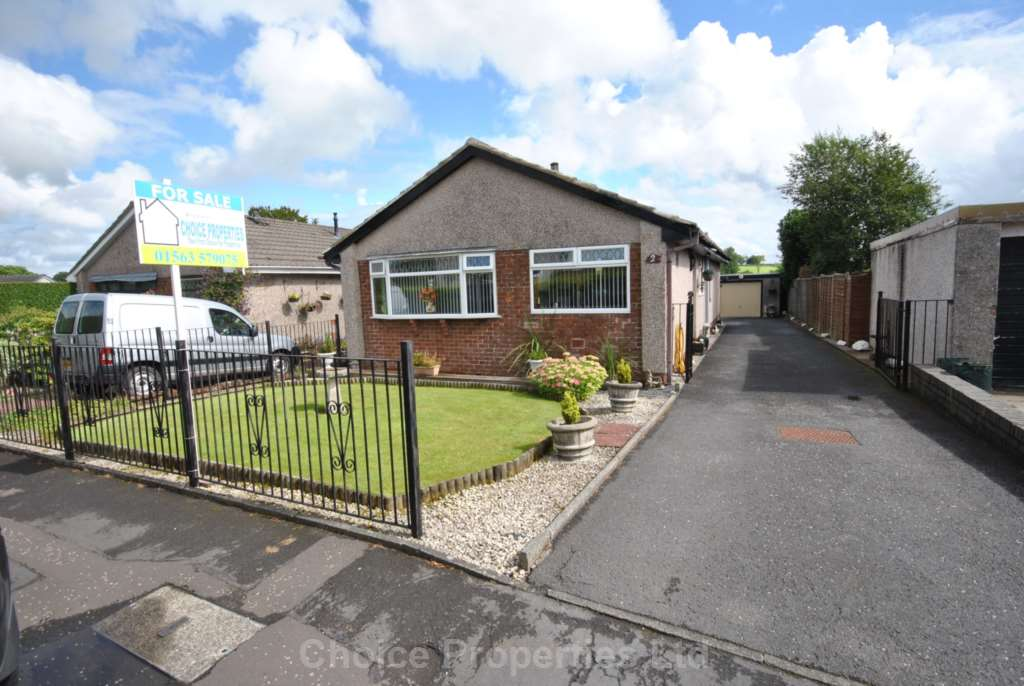 4 Bedroom Detached Bungalow, Braehead Terrace, Kilmaurs, KA3 2TP