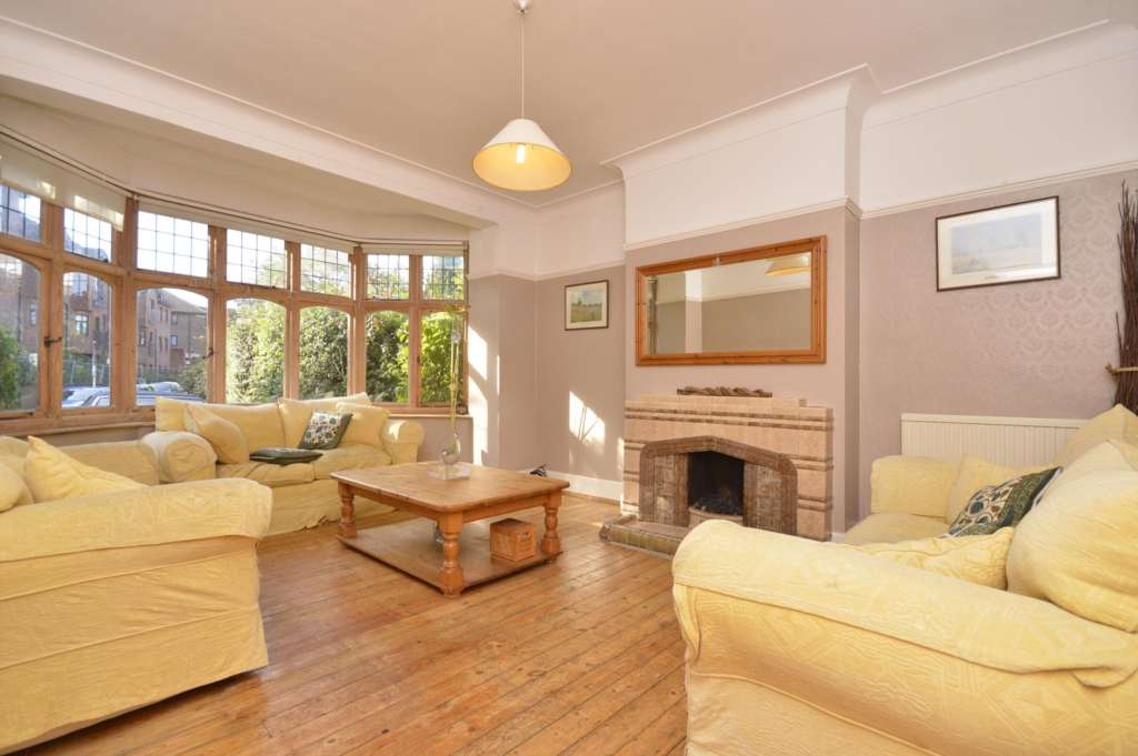 6 Bedroom House, Woodbourne Avenue, London