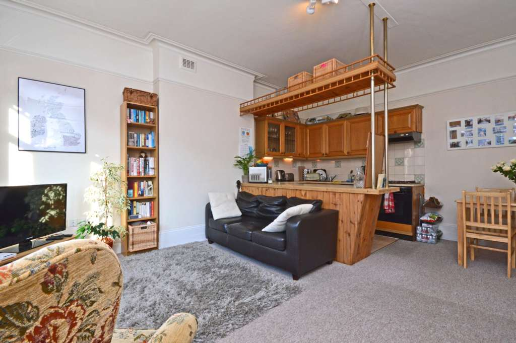 Credential - 1 Bedroom Apartment, Huron Road, Tooting Bec