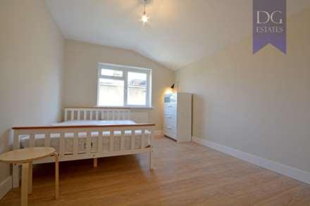 1 Bedroom Room (Double), Parkhurst Road, Bowes Park