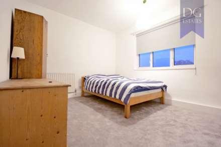 Room (Double), St Charles Square, Ladbroke Grove