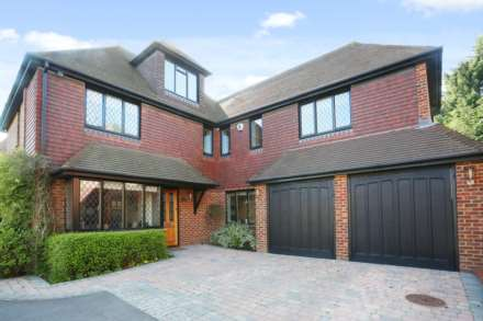 6 Bedroom Detached, Park Lane, Ashtead, KT21 1DW