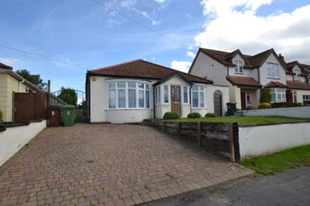 3 Bedroom Detached, West Gardens, Epsom, KT17 1NQ