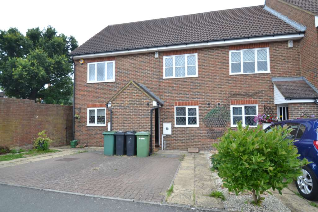 Direct Residential - 3 Bedroom Terrace, Hawthorne Place, Epsom, KT17 4AA