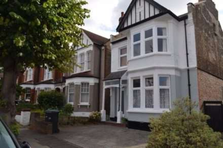 Property To Rent Lakeside Road, London