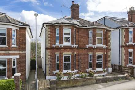 3 Bedroom Semi-Detached, Prospect Road, Southborough