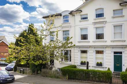 2 Bedroom Apartment, Church Road, Southborough