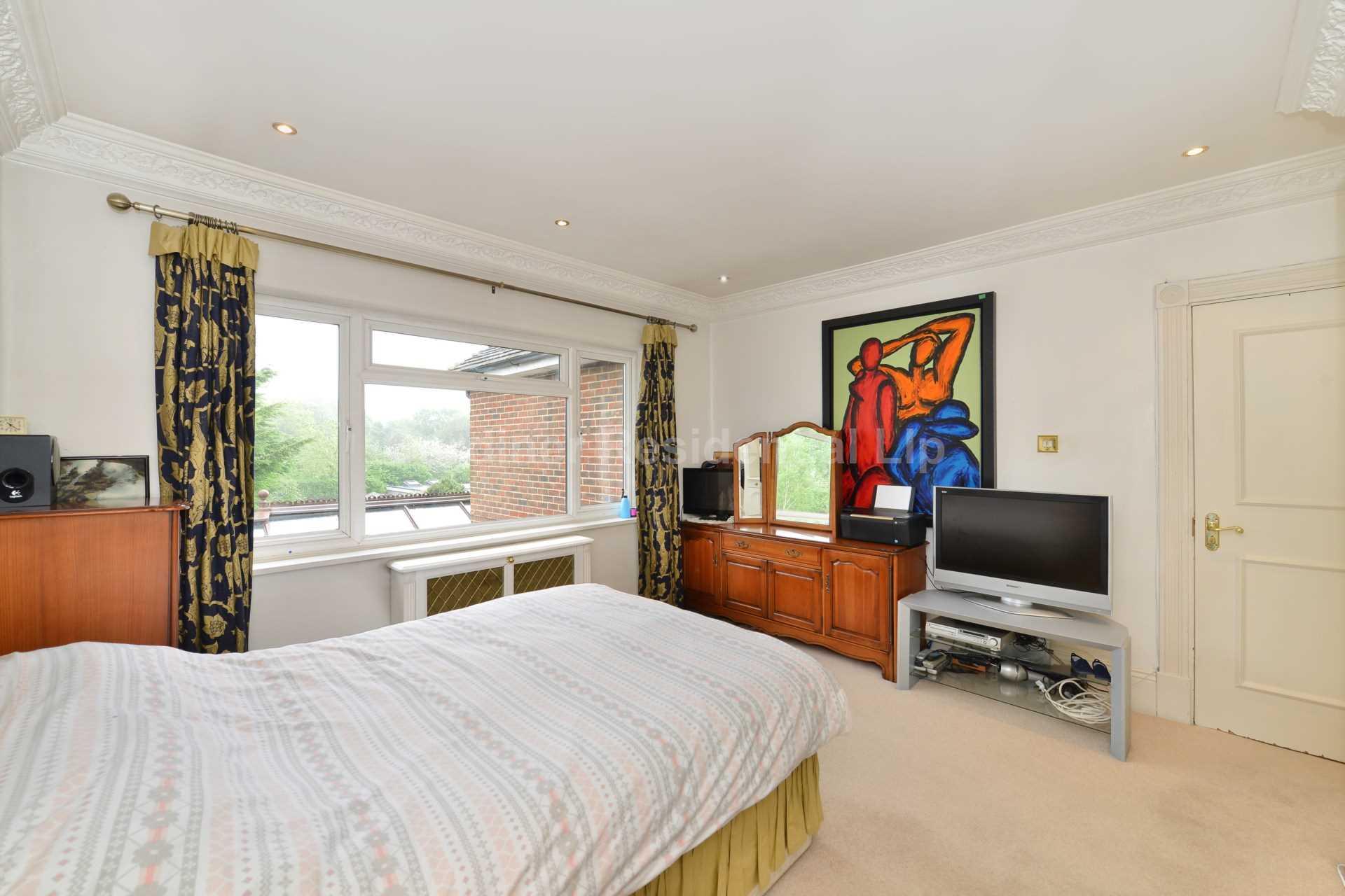 http://www.brightlogic-estateagents.co.uk/GARD/upload//4-20.jpg
