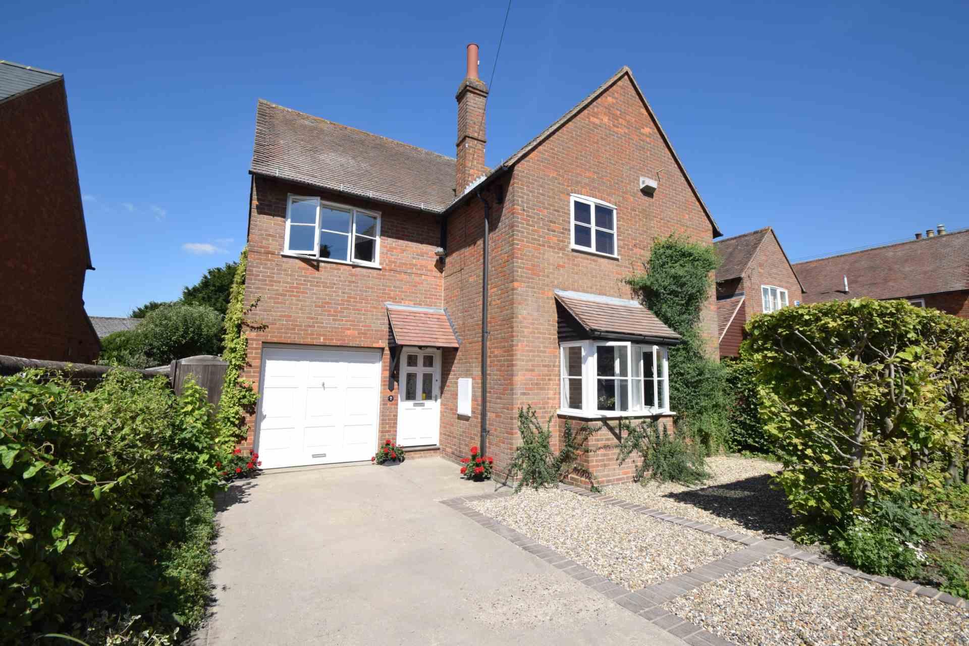 Property For Sale Watcombe Road, Watlington