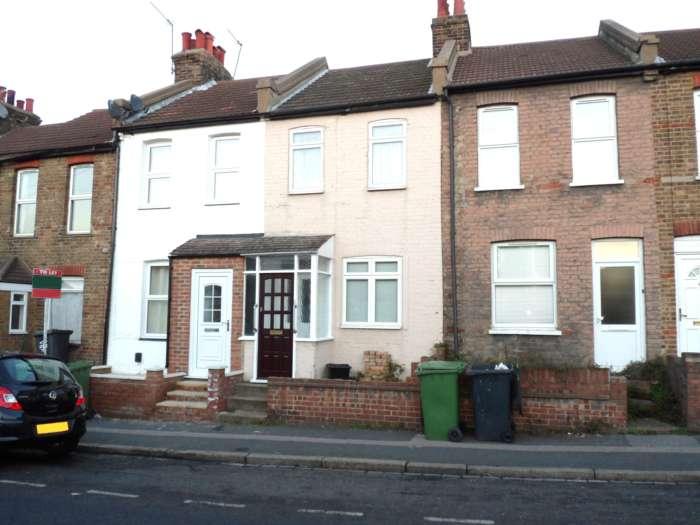 Property King Estate Agents - 3 Bedroom Terrace, St Vincents Road, Dartford