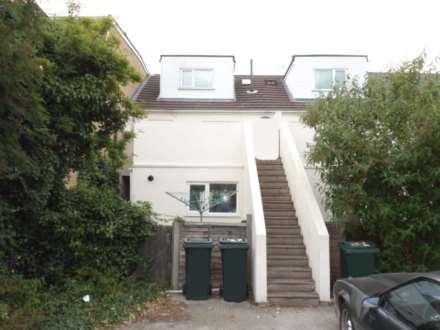 2 Bedroom Flat, Milton Road, Swanscombe