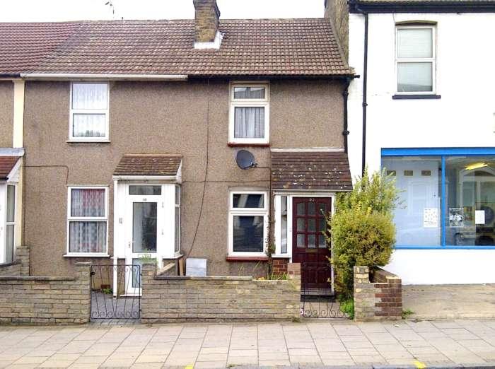 Property King Estate Agents - 2 Bedroom Terrace, East Hill, Dartford