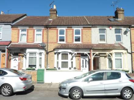 3 Bedroom Terrace, Thanet Road, Erith