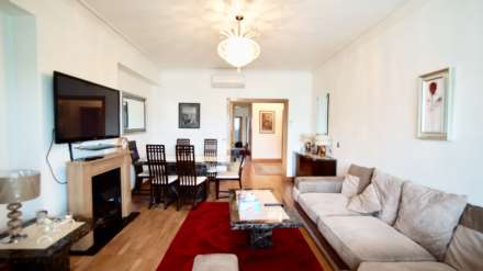 3 Bedroom Apartment, Bayswater Road, Bayswater