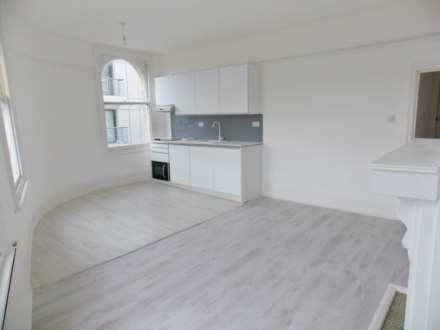 2 Bedroom Apartment, Albert Road, Silvertown