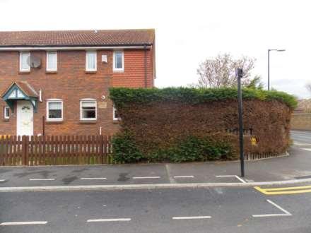 2 Bedroom End Terrace, Oliver Gardens, Mid Beckton