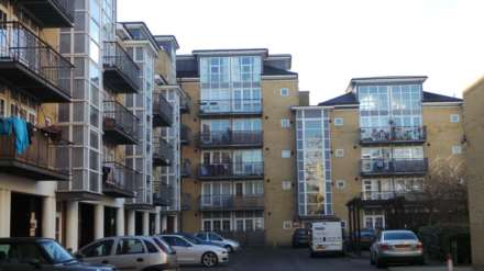Property For Sale Malt House Place, Romford