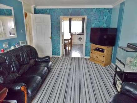 3 Bedroom Terrace, Devalls Close, London