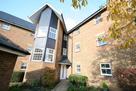 2 Bedroom Apartment, Apsley