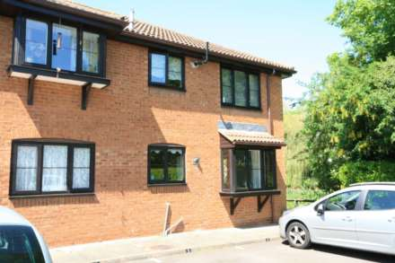 1 Bedroom Flat, Berkhamsted