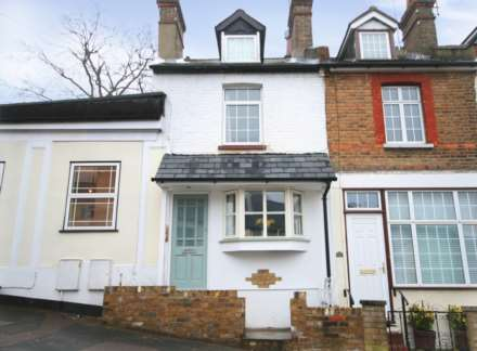 3 Bedroom Terrace, Boxmoor
