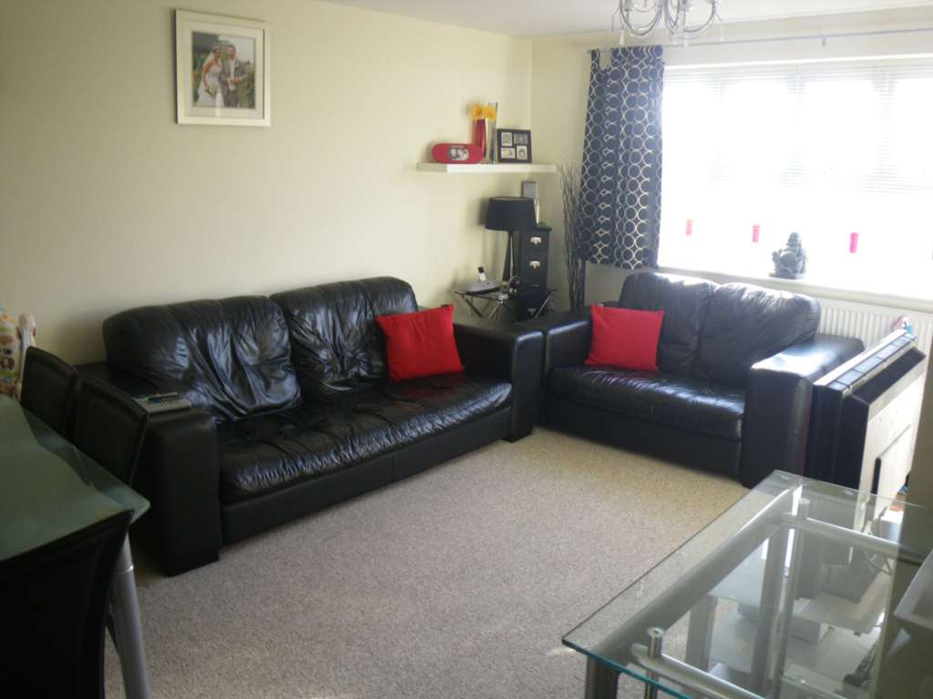 JP Hay Lettings - 2 Bedroom Apartment, Sir Williams Court