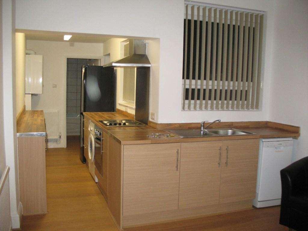 JP Hay Lettings - 3 Bedroom Semi-Detached, Brailsford Road, Fallowfield