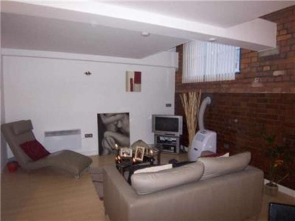 JP Hay Lettings - 2 Bedroom Apartment, Mirabel Street, Manchester