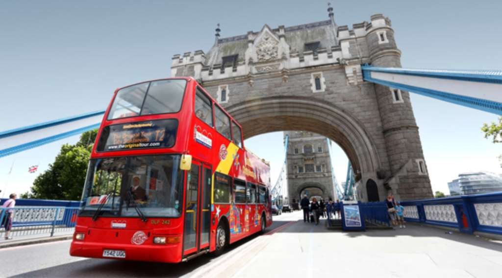 Things You Should Never Do On A London Bus