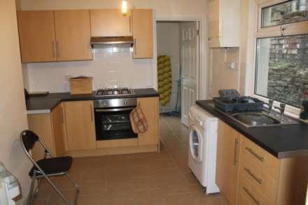 4 Bedroom Terrace, Moy Road, Roath, Cardiff, CF24 4SG