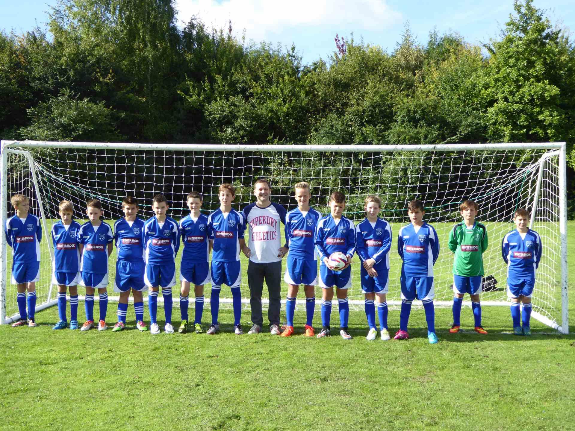 Winterbrook sponsor Cholsey Bluebirds Under 13`s football team