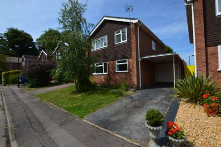 3 Bedroom Detached, Allesley Croft, Allesley Village, Coventry, CV5,