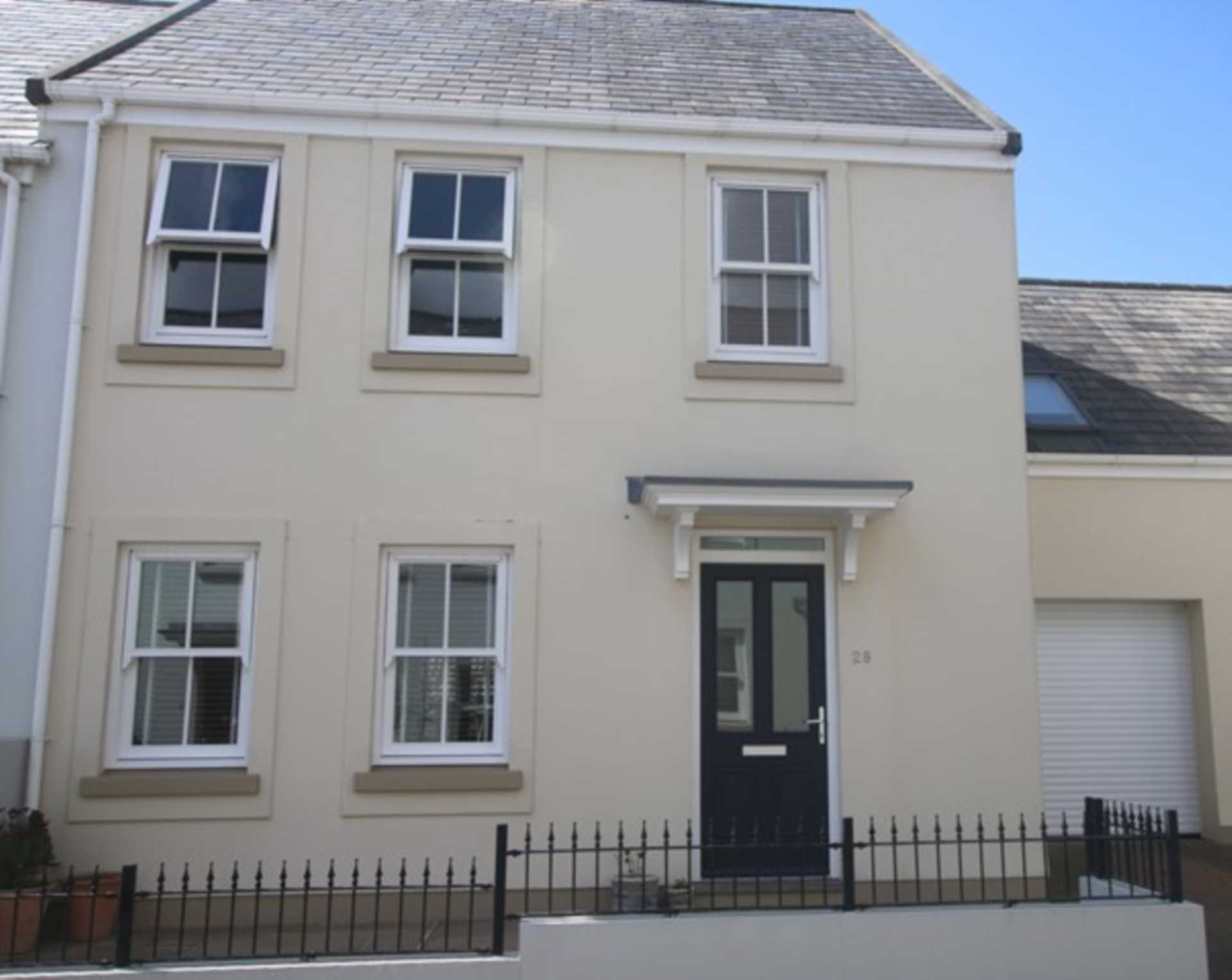 4 bedroom First Time Buyers stunning home La Providence PRISTINE