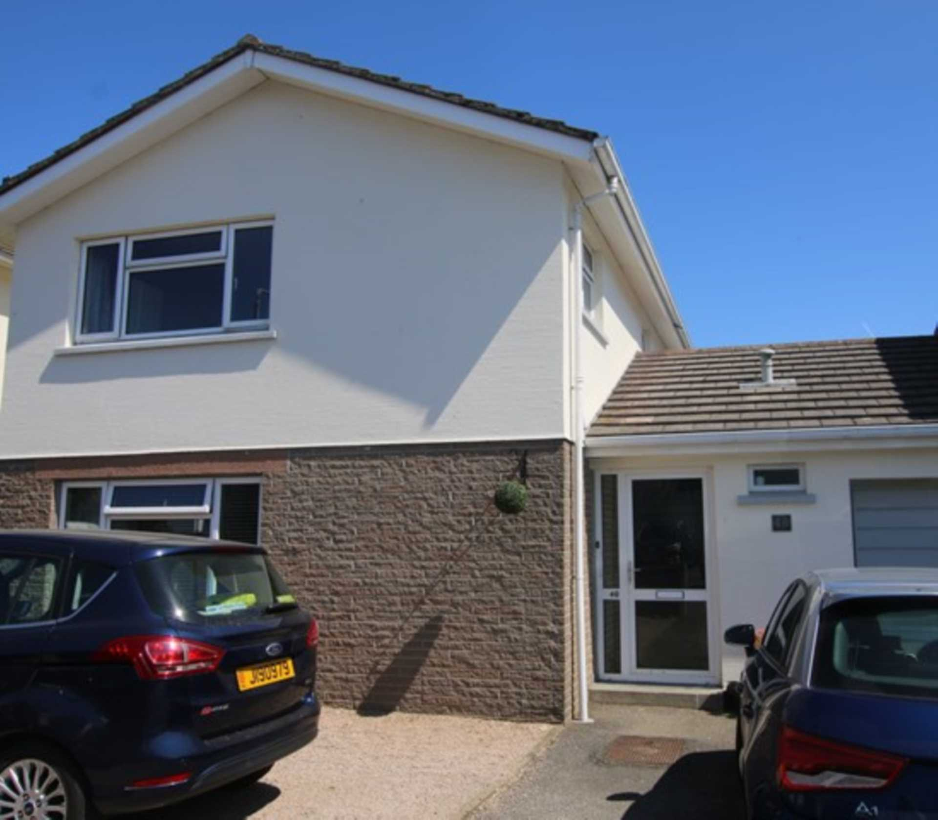 Sole Agent New Today Fantastic 3 bedroom home that flows