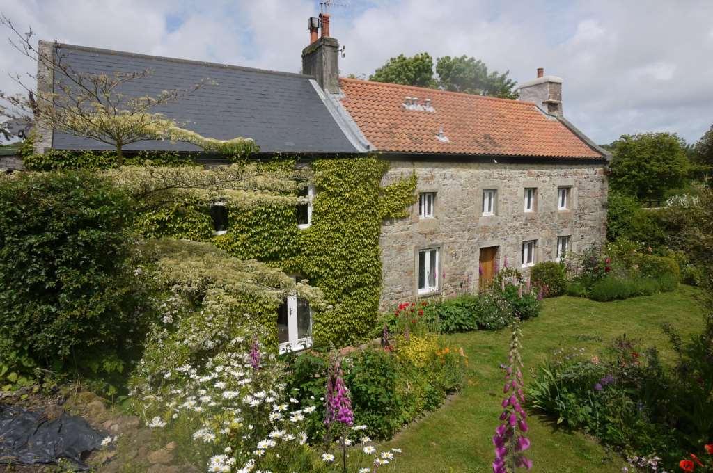 Property For Sale La Rue Du Grouville, Grouville