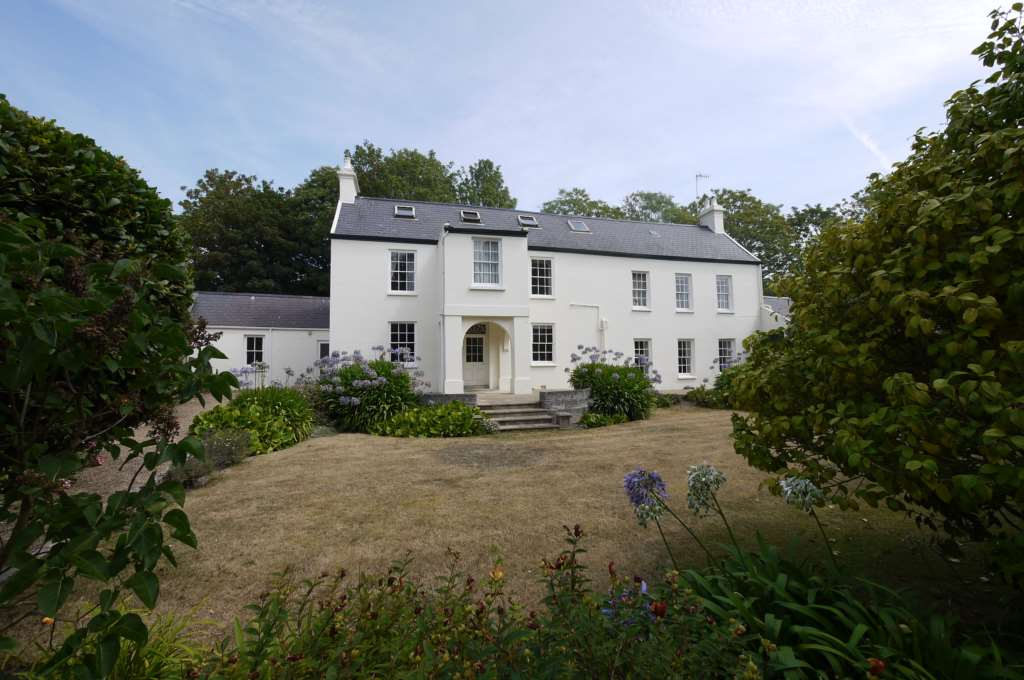 Property For Sale La Rue De Haut, St Lawrence