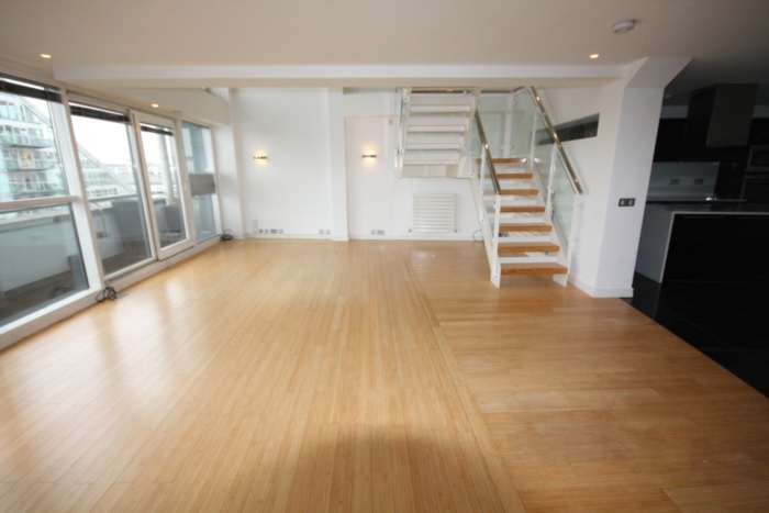 3 Bedroom Apartment, Century Buildings, St Mary`s Parsonage, Manchester