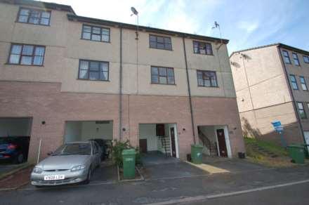 2 Bedroom Terrace, Grange Road, Torquay