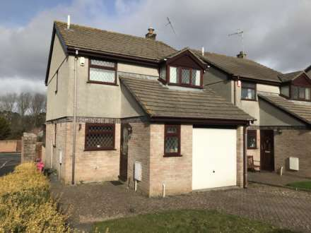 3 Bedroom Detached, Gwithian Close, Torpoint
