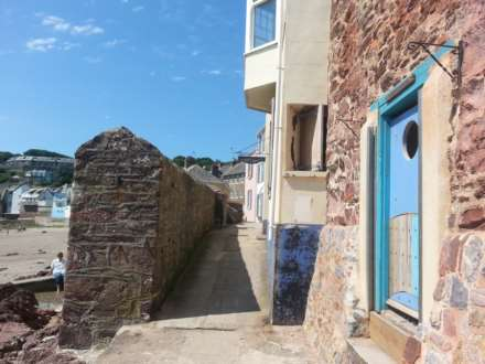 1 Bedroom Terrace, Lower Rock House, The Cleave, Cawsand