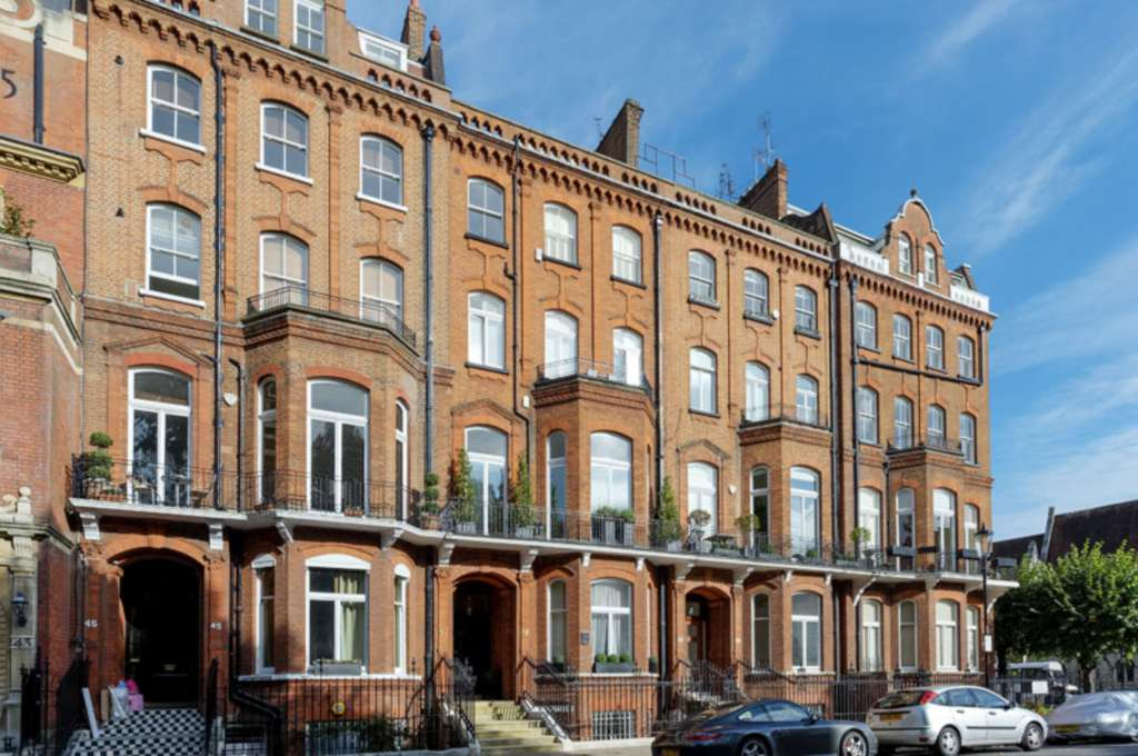 Property For Sale Lennox Gardens, Knightsbridge, London