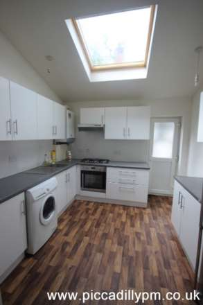 5 Bedroom House, Oxney Road, Rusholme, Manchester M14 5SZ