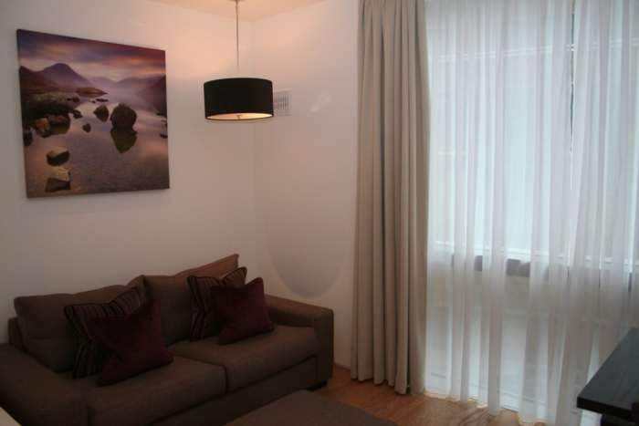 Rent A Home Associates - 1 Bedroom Apartment, Warwick Road, London