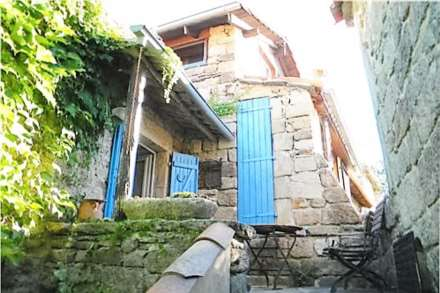 3 Bedroom Villa, Character Village Holiday Home, Auvergne-Rhone-Aples